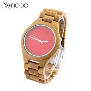 full bamboo with red big dial young lady wrist watch show picture