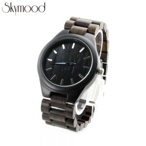 men ebony wooden bracelet watch with no number dial side view picture